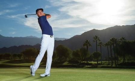 Cara Tepat Mengayunkan Stik Golf